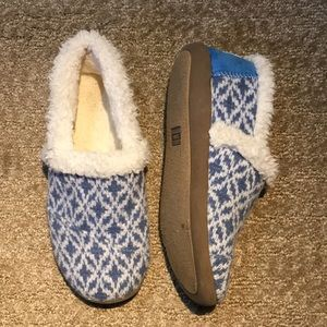 TOMS furry boot shoes
